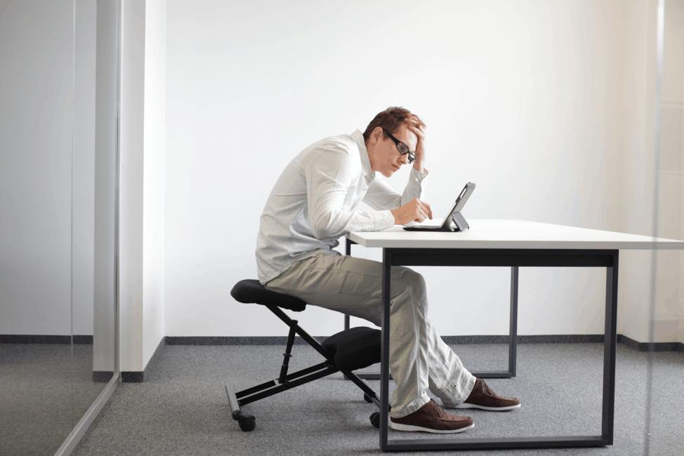Office ergonomics to avoid lower back pain